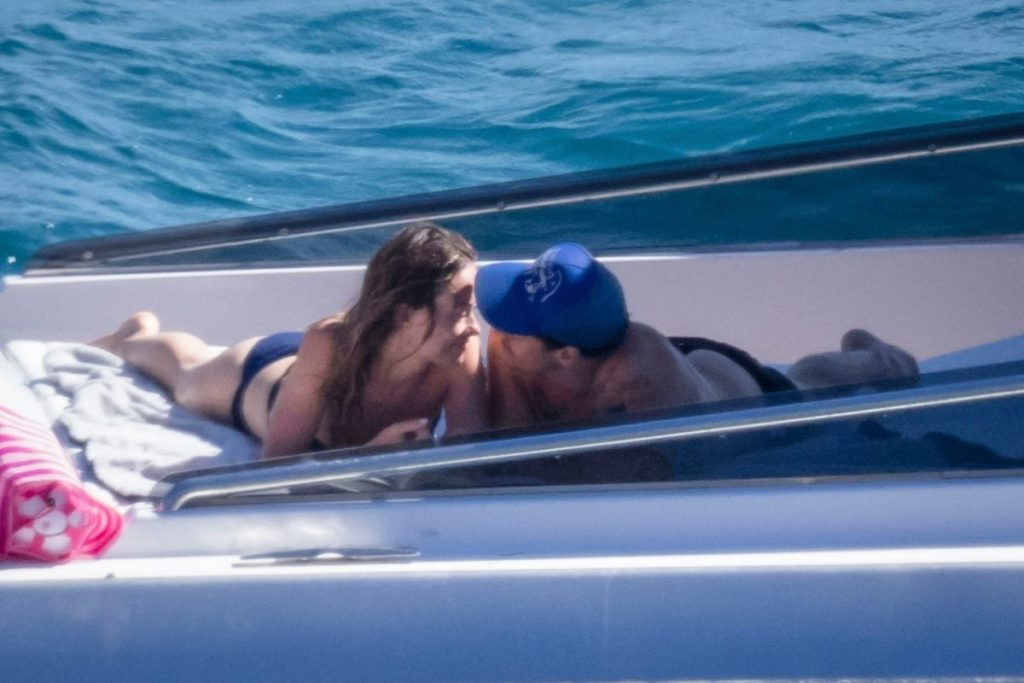 Harrys Styles e Olivia Wilde curtindo um passeio romântico na Itália - Grosby Group