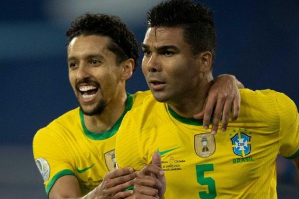 Marquinhos e Casemiro durante jogo da Seleção Brasileira