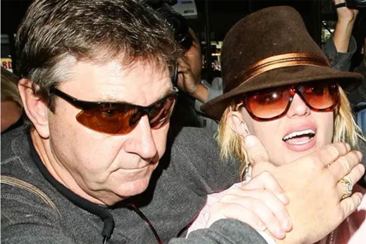 Jamie Spears ao lado da filha Britney Spears