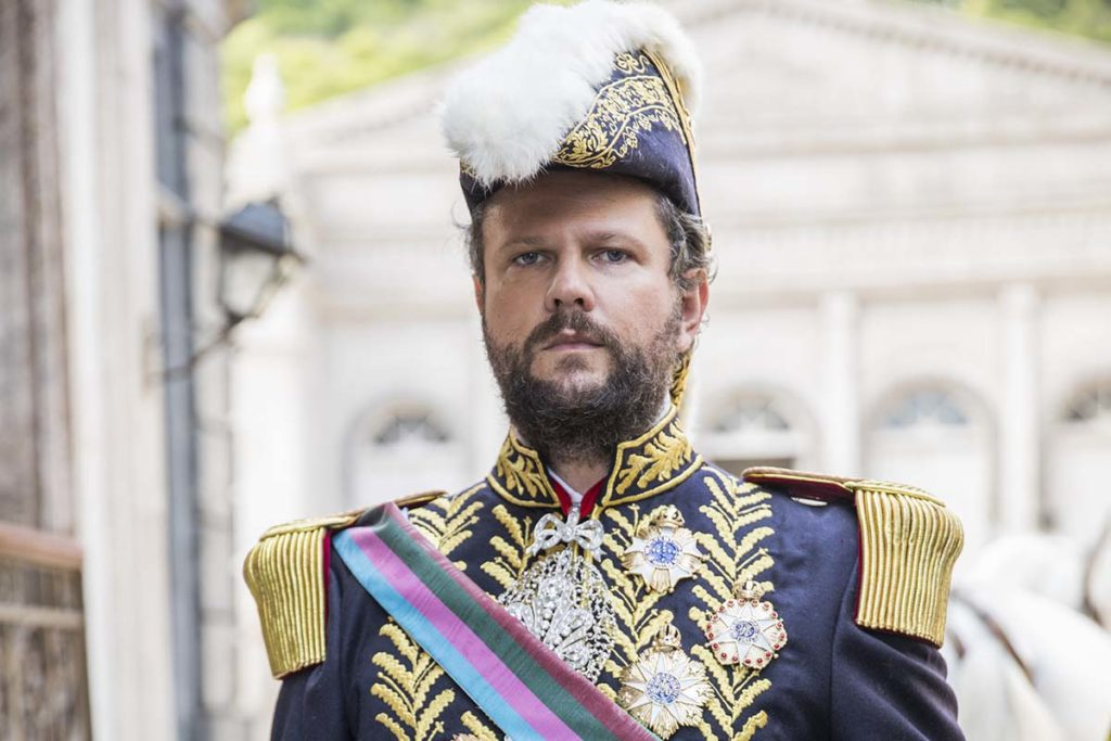 Selton Mello, como Dom Pedro II, em Nos Tempos do Imperador