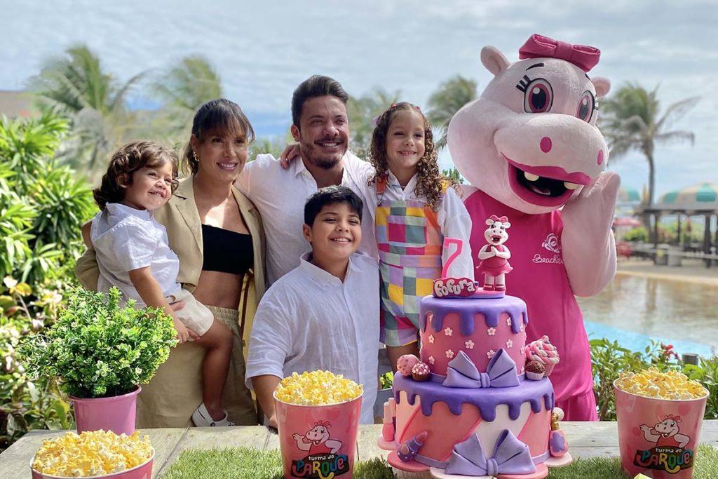Ysis, filha de Wesley Safadão e Thyane Dantas, ganhou festa no Beach Park