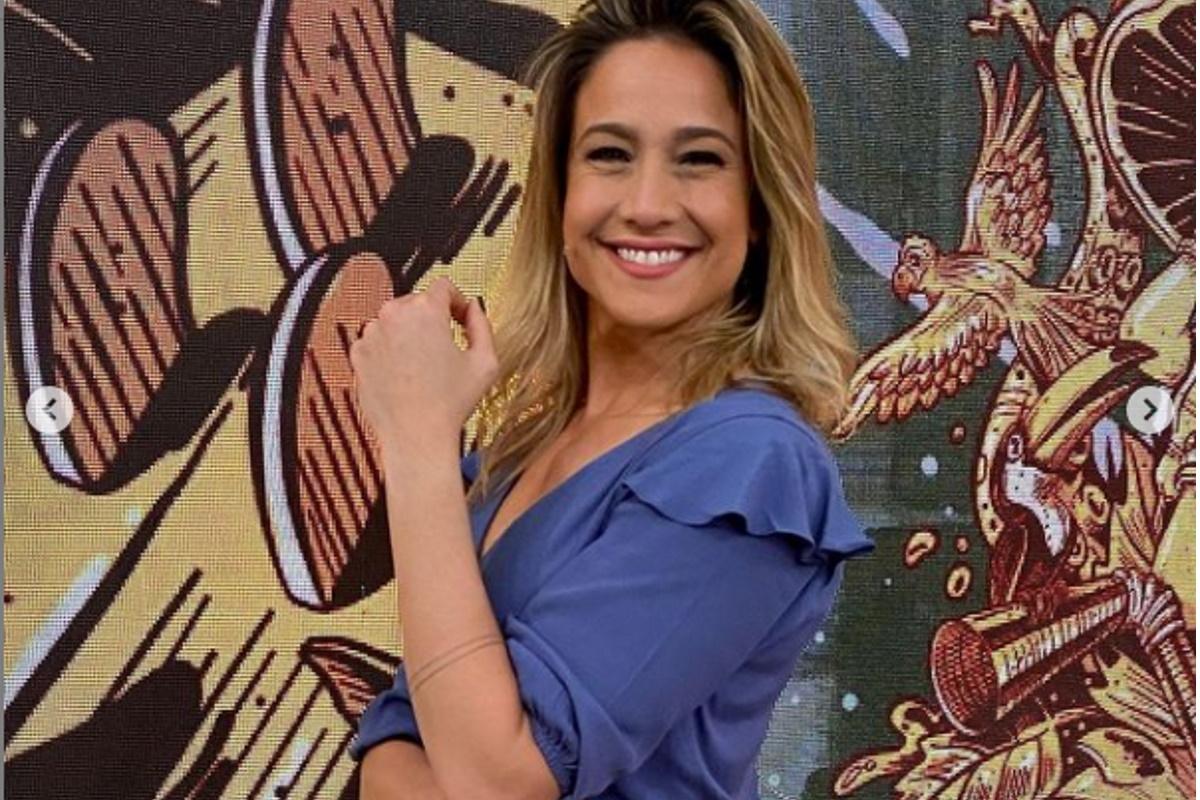 Fernanda Gentil no estudio Globo