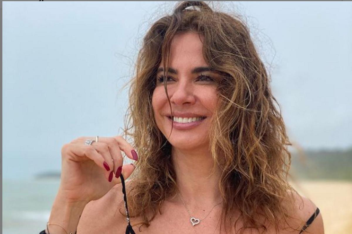 Luciana Gimenez de biquini
