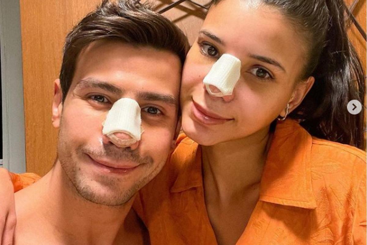 Mariano e Jakelyne com curativos no rosto