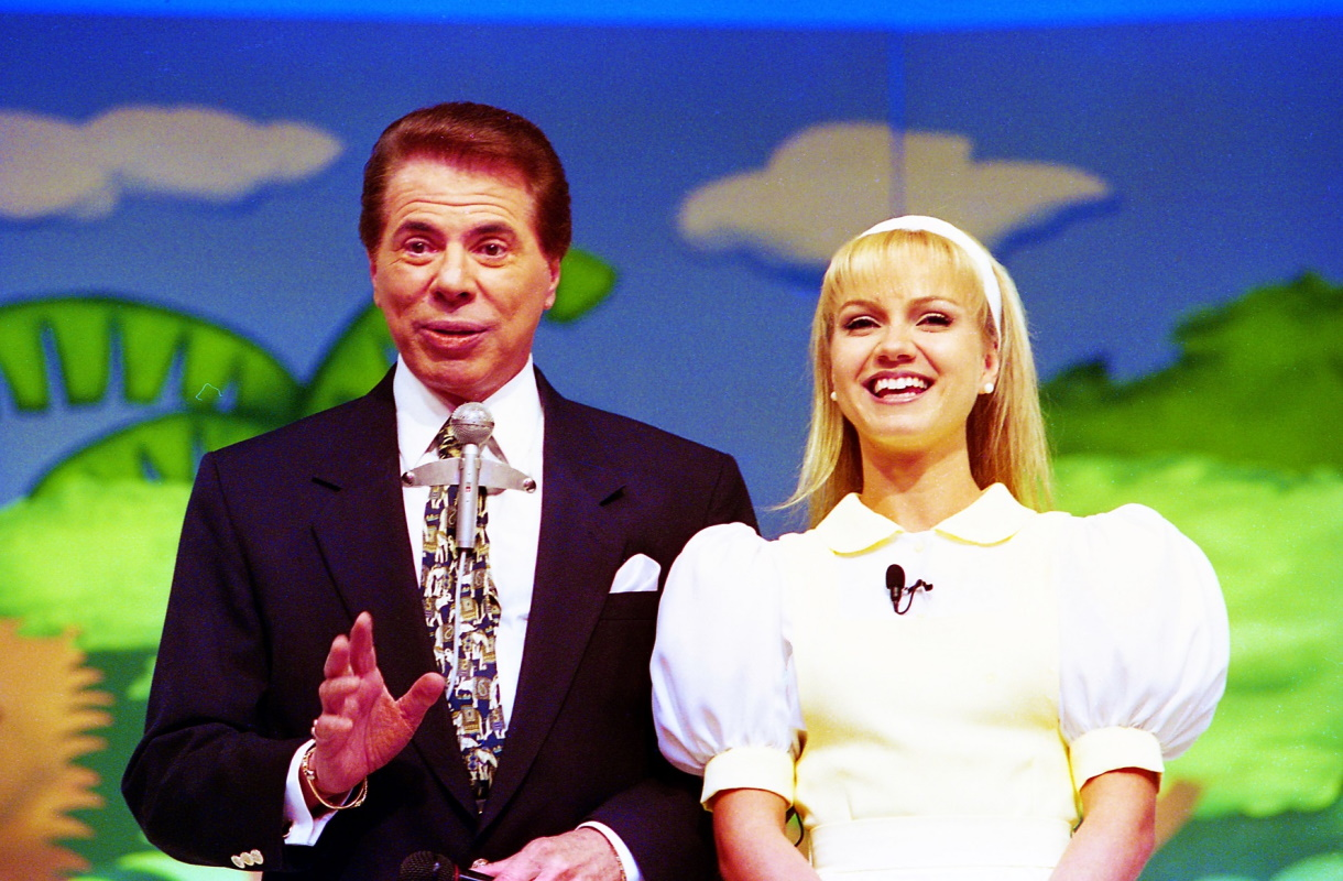 Silvio Santos e Eliana no palco
