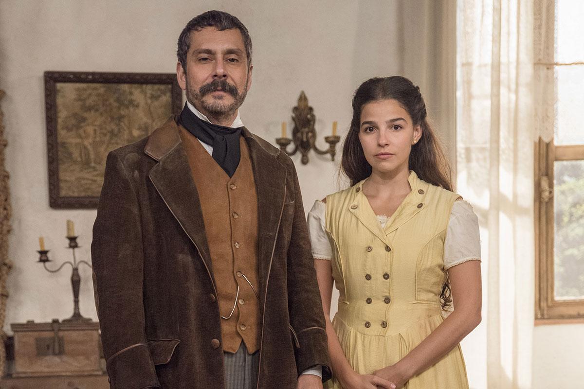 Alexandre Nero e Gabriela Medvedovski em Nos Tempos do Imperador