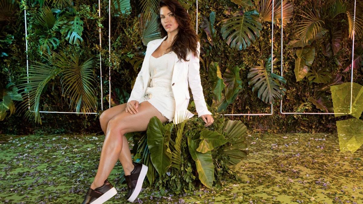 Andressa Suita posa com nova coleção Ramarim