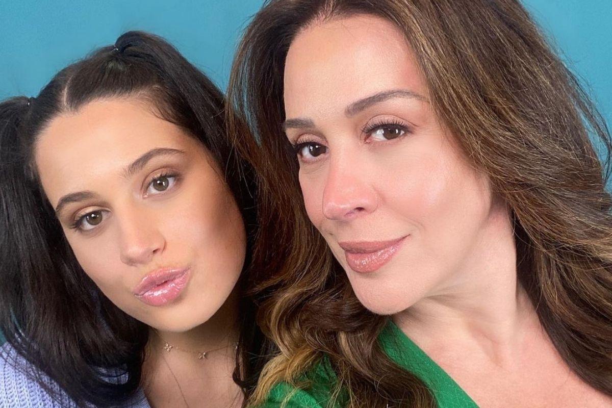 Claudia Raia com a filha Sophia Raia