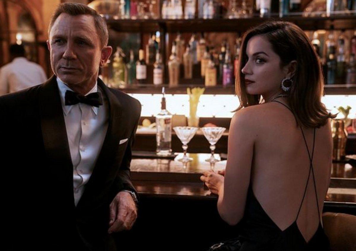 Daniel Craig e Ana de Armas em cena de James Bond