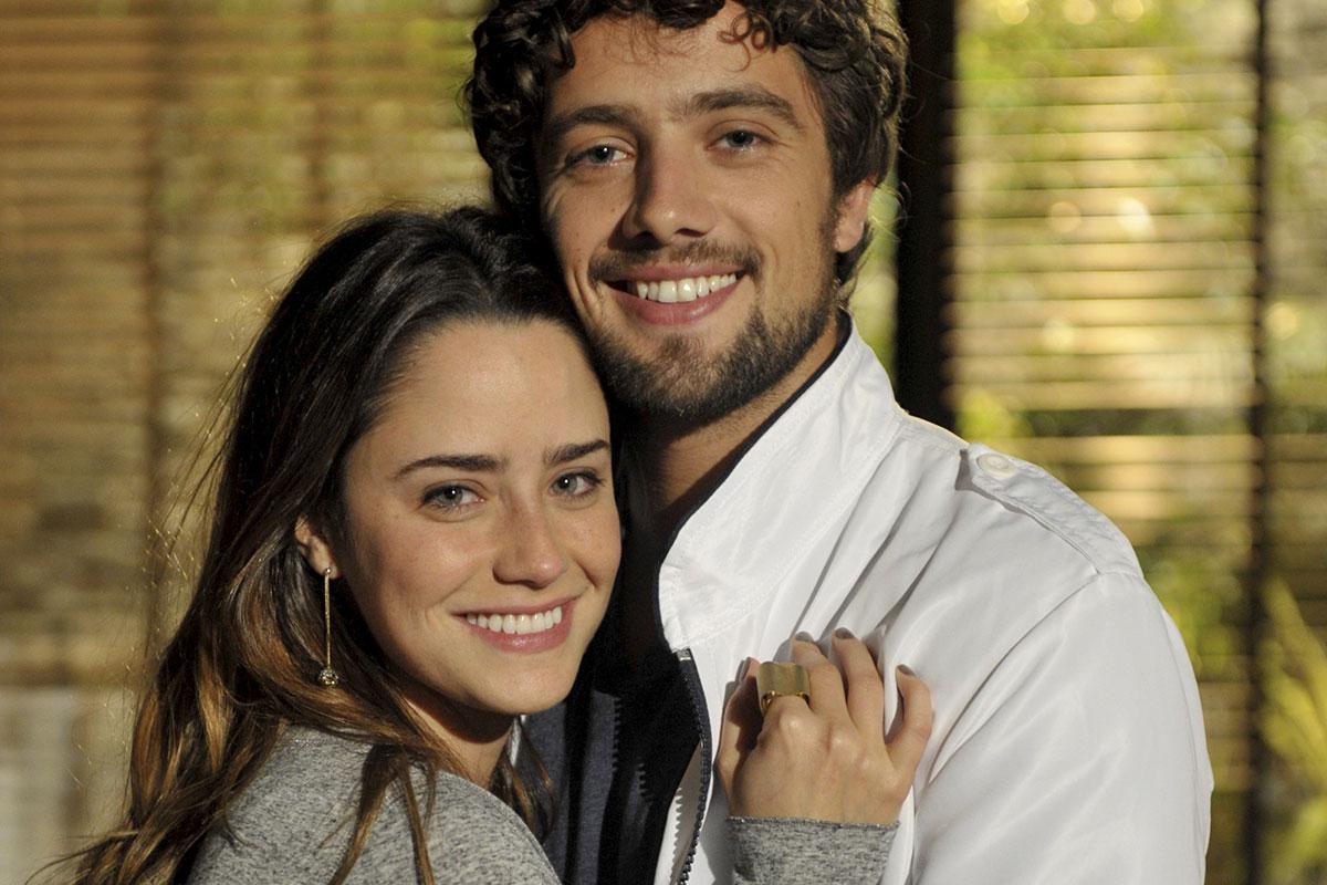Fernanda Vasconcellos e Rafael Cardoso em A Vida da Gente