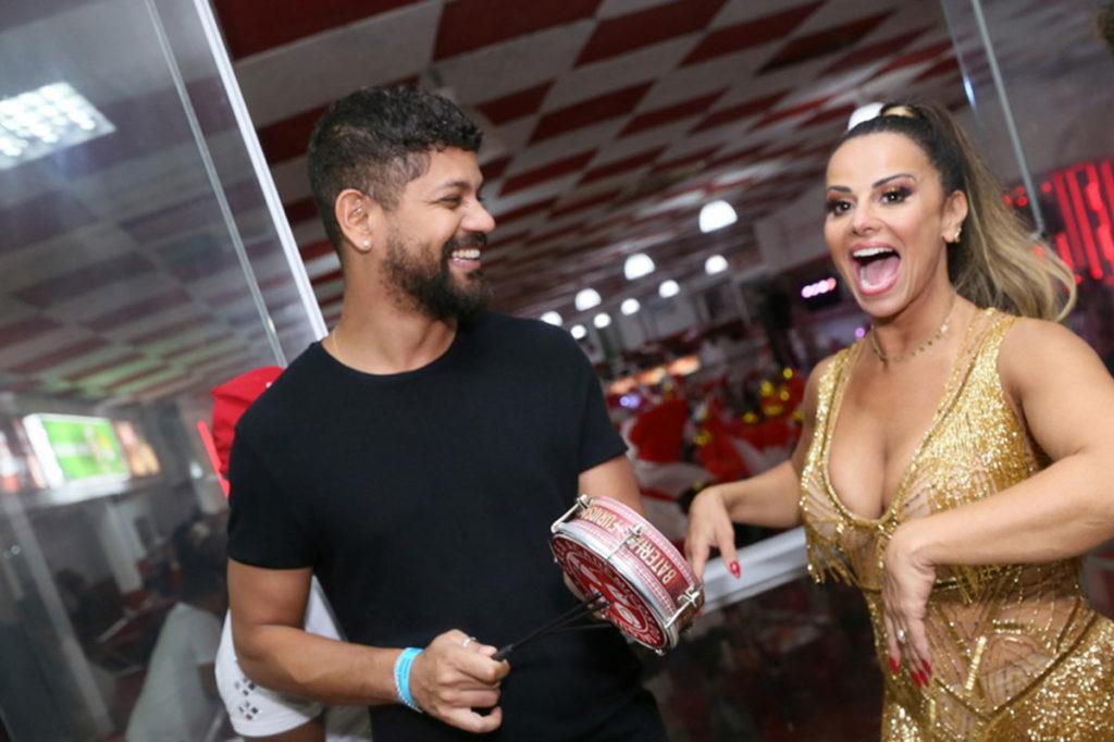 Guilherme Militão e Viviane Araújo animados