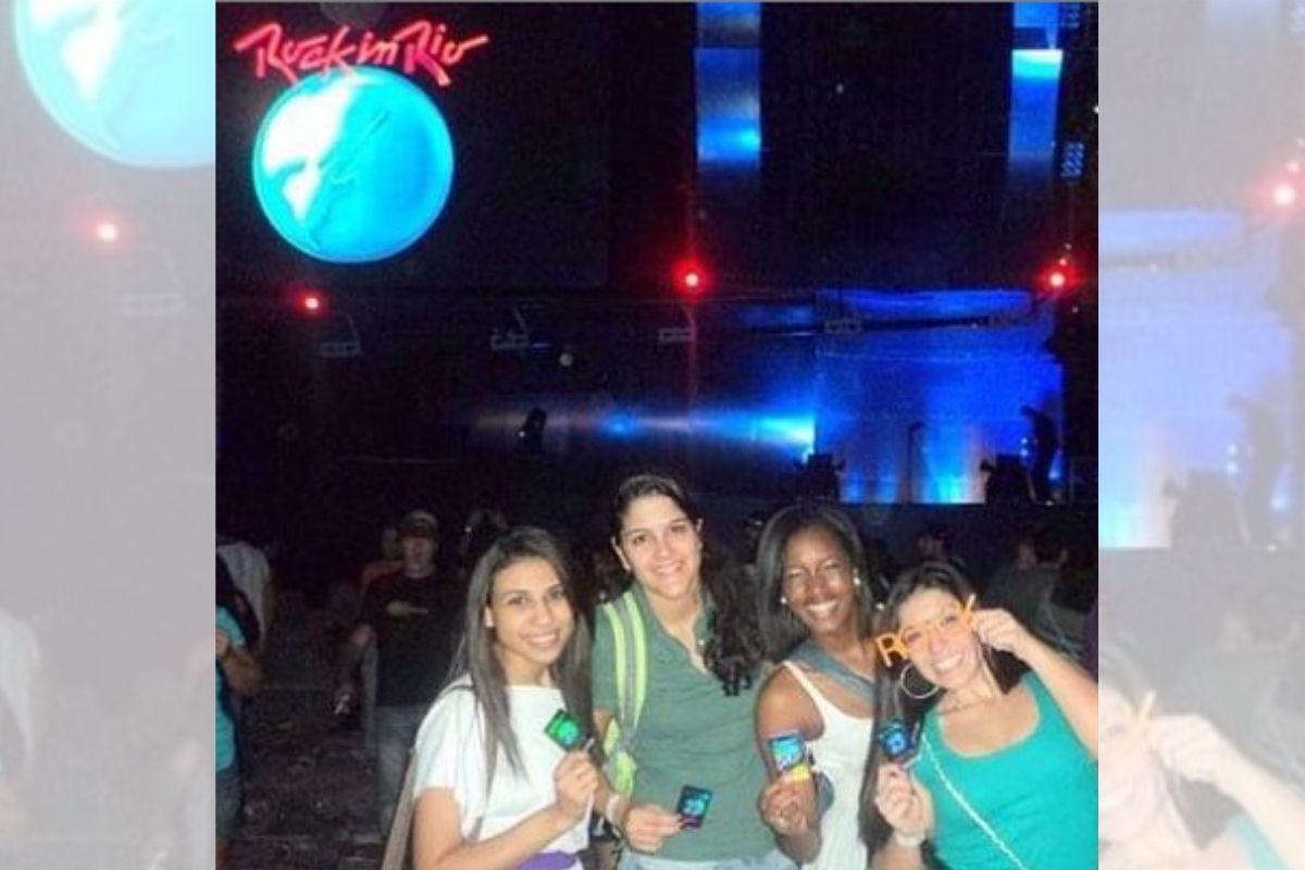 iza com amigas no Rock in Rio