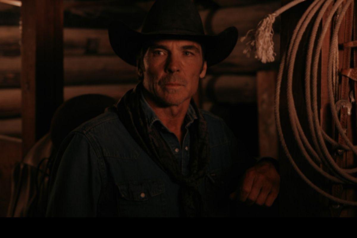 Jay Pickett de chapéu de cowboy