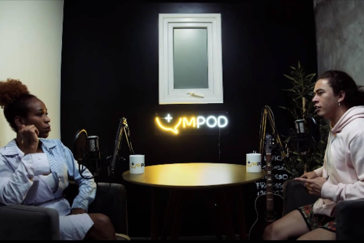 karolconká e whindersson nunes gravando podcast juntos