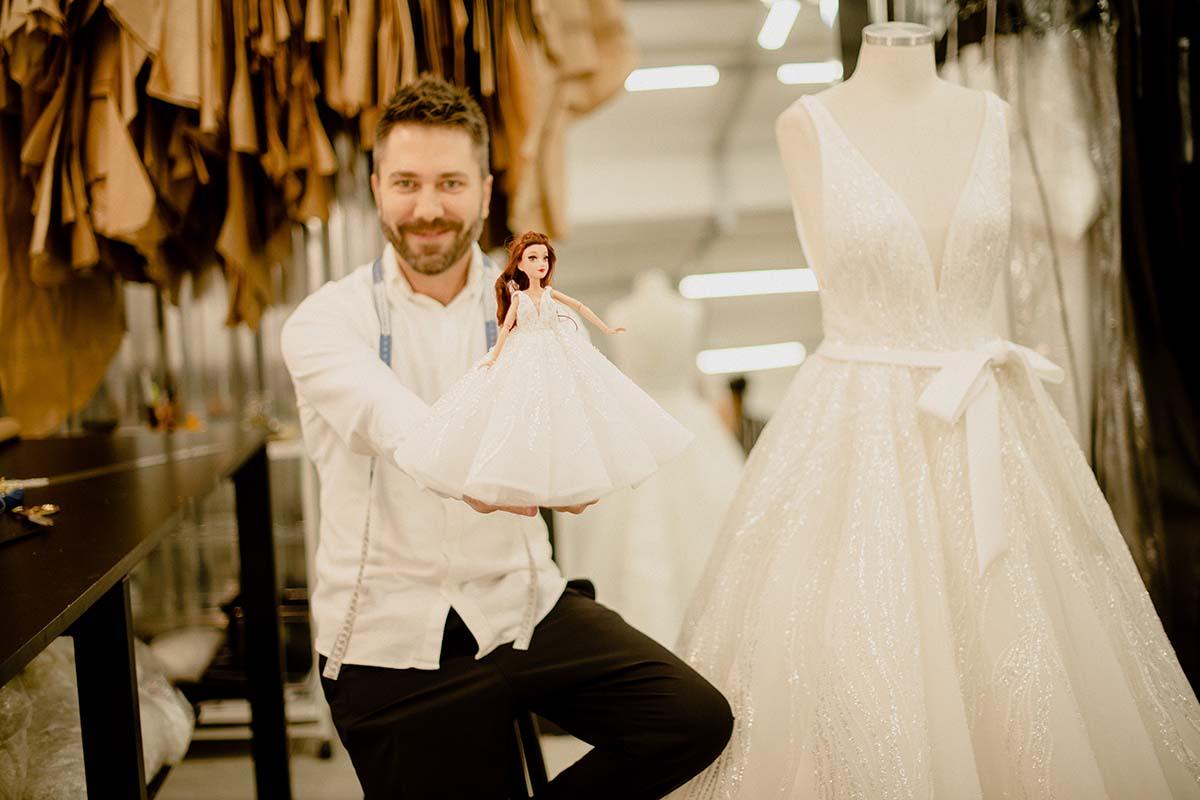 Estilista Lucas Anderi faz vestidos de noiva inspirado nas princesas da Disney