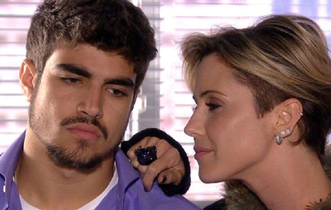 """Luisa arma um plano para engravidar de Edgar em """"Tititi"""""""