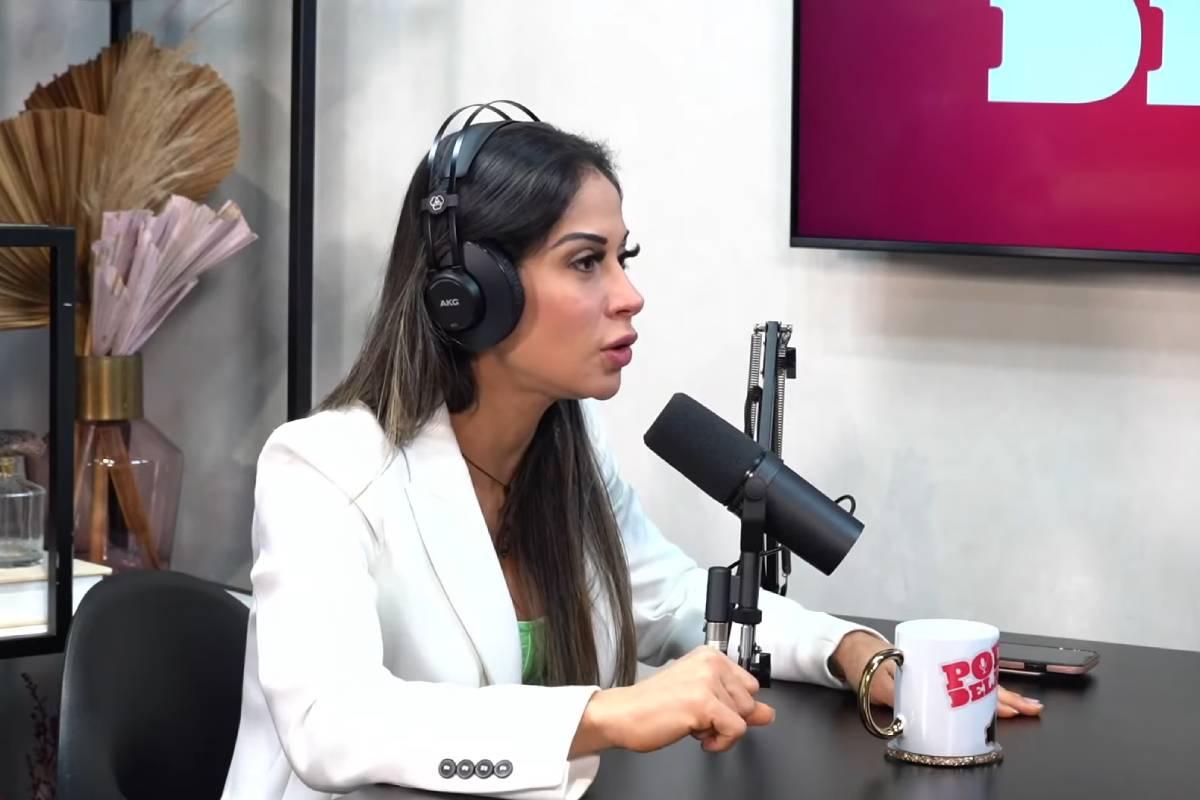 mayra-cardi-no-podcast-poddelas