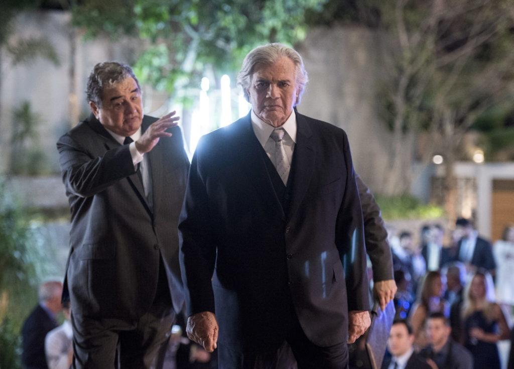 Fausto (Tarcísio Meira) e Venturini (Otavio Augusto)