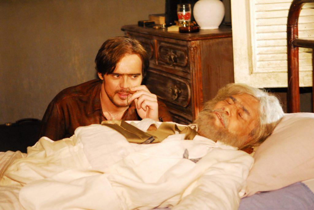 Tarcisio Meira como Hermógenes ao lado de Dalton Vigh, que interpretou Adalberto em Duas Caras