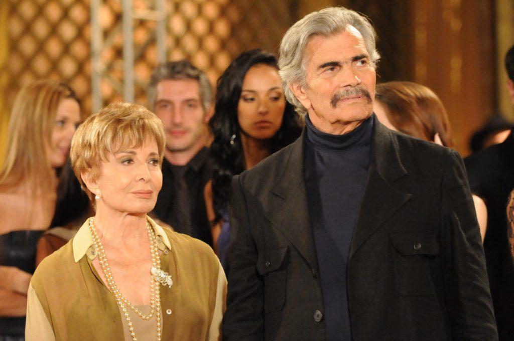 Tarcisio Meira como Copola em A Favorita ao lado de Glória Menezes, que interpretava Irene