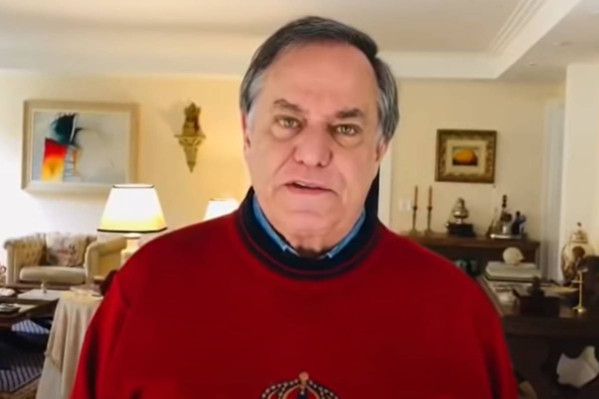 ronnie von com blusa vermelha