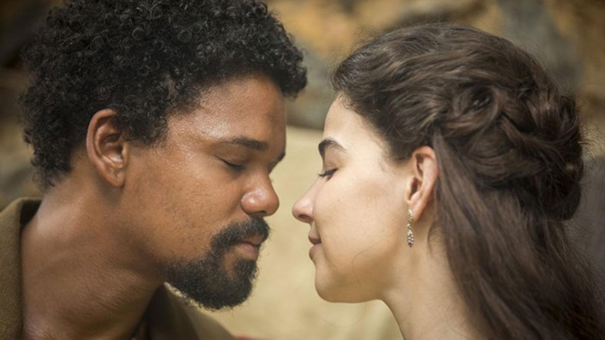 """Samuel e Pilar ensaiam beijo em """"Nos Tempos do Imperador"""""""