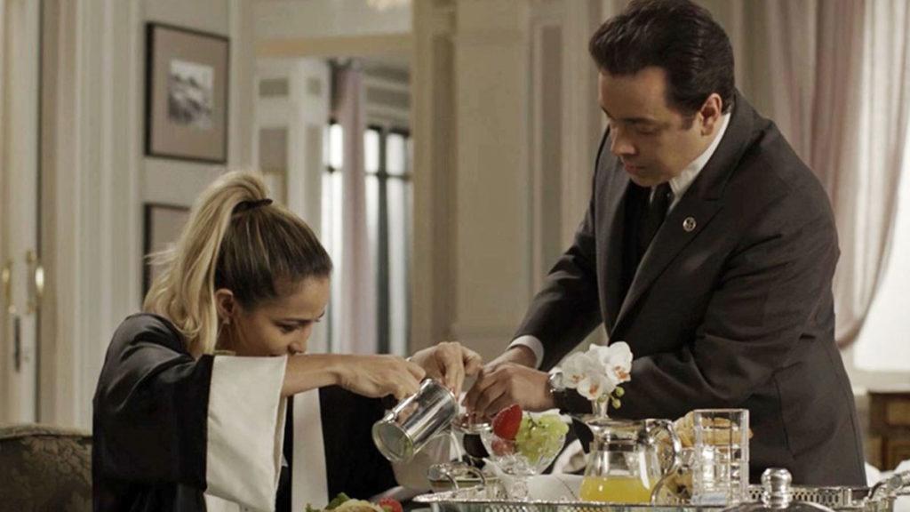 Sandra Helena contrata Nelito como mordomo