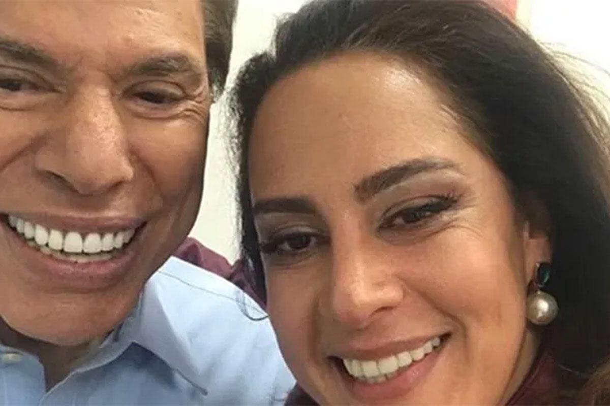Silvio Santos e Silvia Abravanel juntinhos e sorridentes