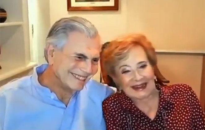 Tarcísio Meira e sua amada Glória Menezes, abraçados, sorridentes