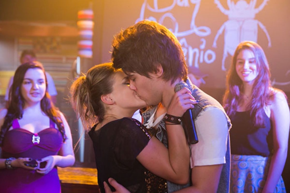 Chicuiqitas - Beto beija Clarita