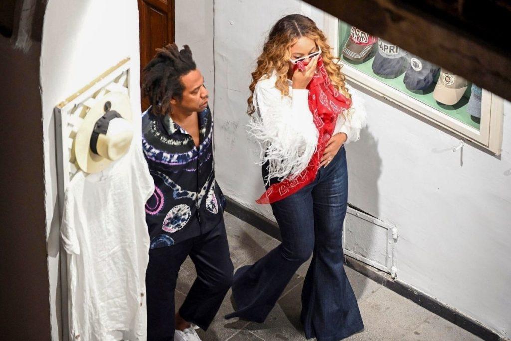 Beyoncé e Jay-Z em férias na Ilha de Capri