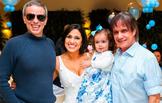 Dudu Braga com Roberto Carlos esposa e filha