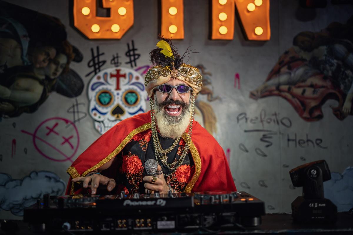 Kasyar como DJ