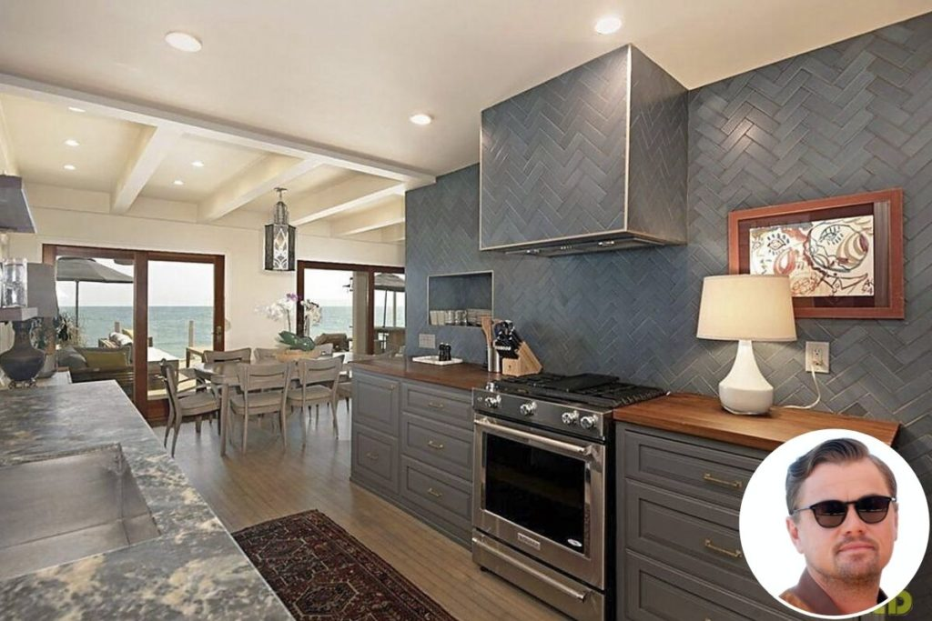 Mansão milionária de Leonardo em Malibu: cozinha