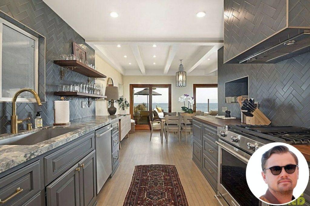 Cozinha da casa de Leonardo DiCaprio em Malibu