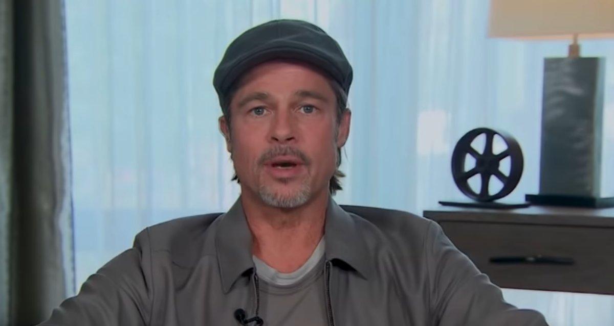 Brad Pitt em entrevista na TV sobre seu filme Ad Astra