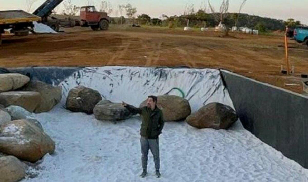 Bruno Gagliasso na construção do lago gigante