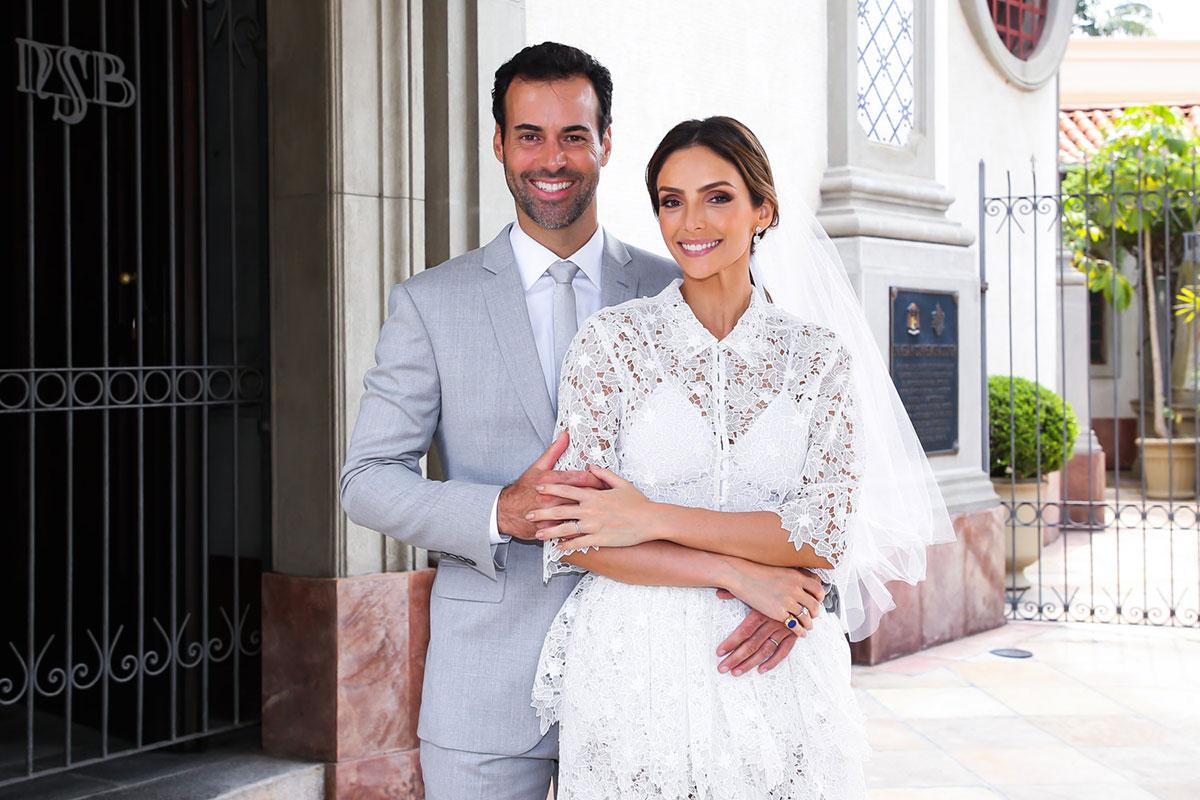 Carol Celico e Eduardo Scarpa se casam em São Paulo