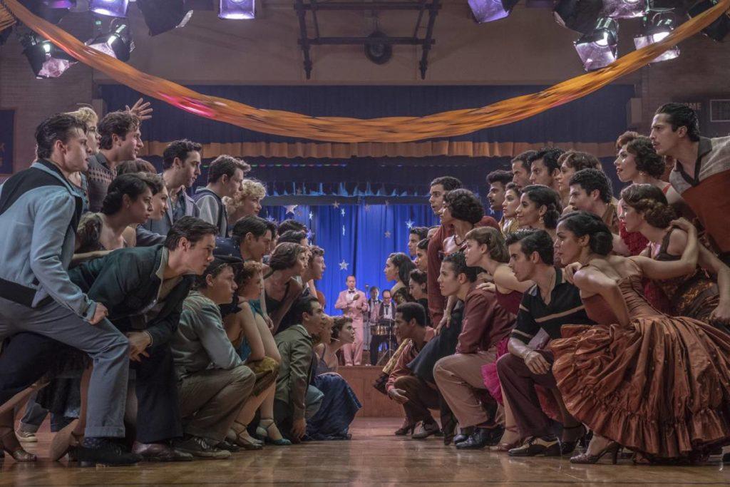"""cena musical com dança do filme """"amor, sublime amor"""""""