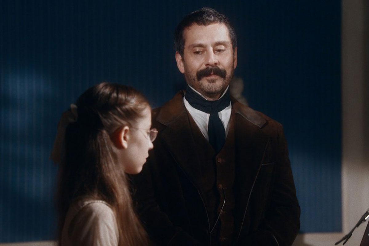 Dolores e Tonico em cena de Nos Tempos do Imperador