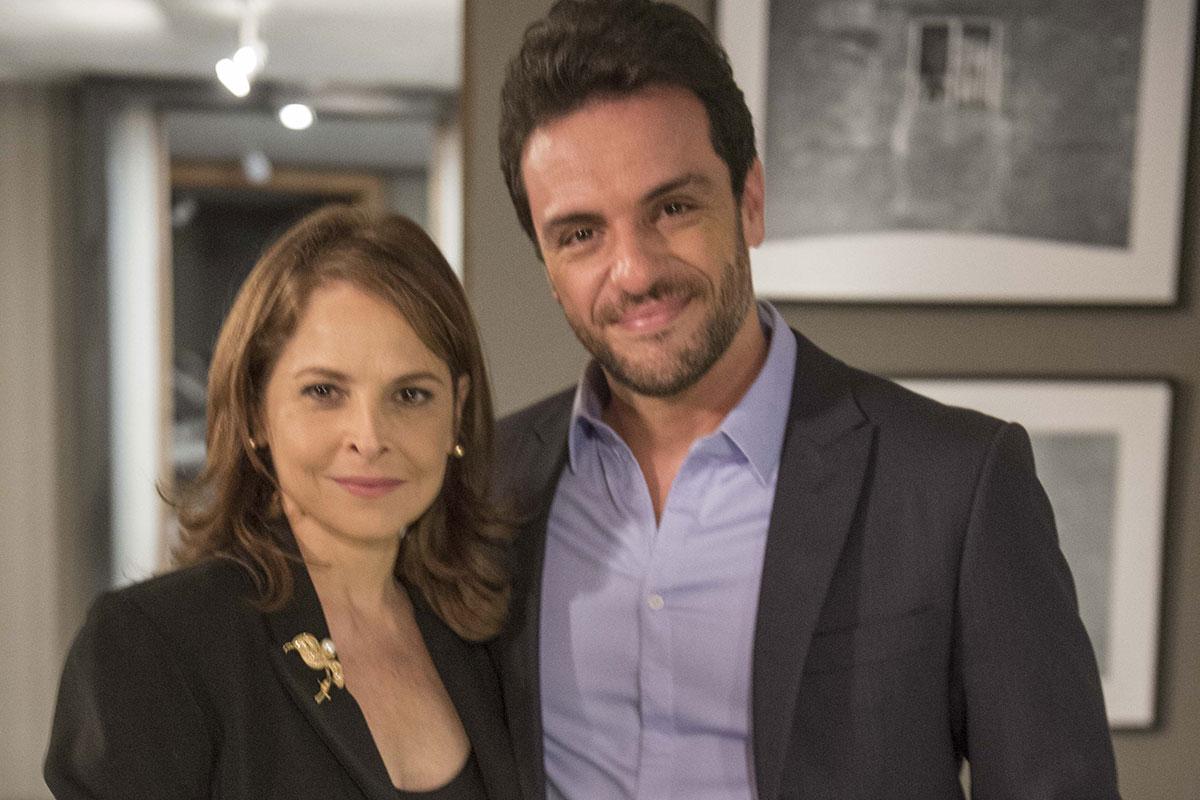 Drica Moraes e Rodrigo Lombardi em Verdades Secretas