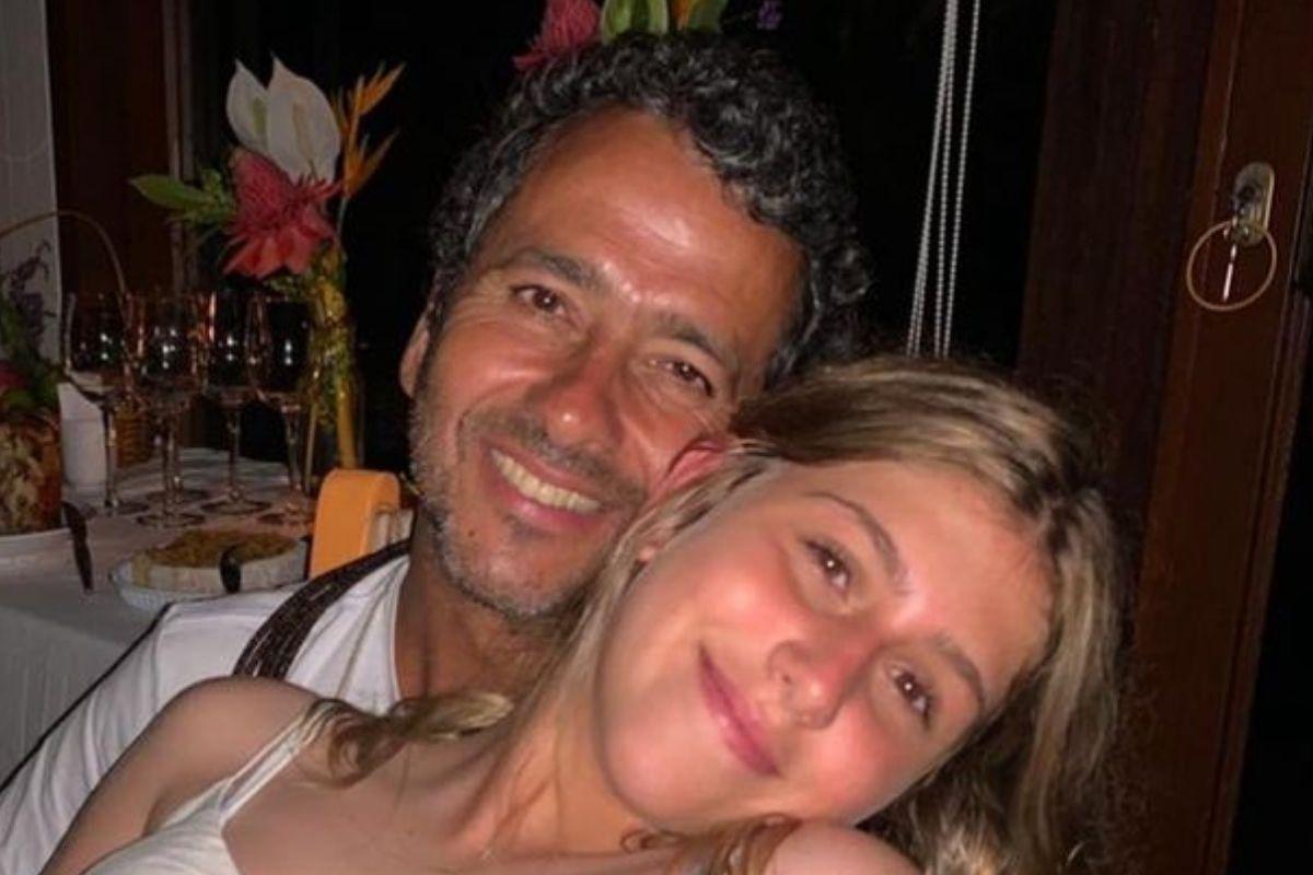 Foto de Marcos Palmeira com a filha, Júlia Mautner