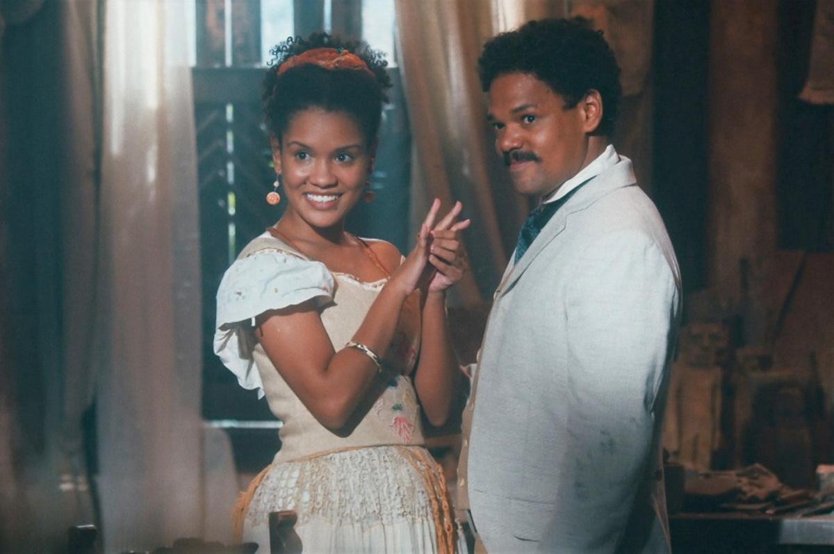 Samuel pede Zayla em noivado