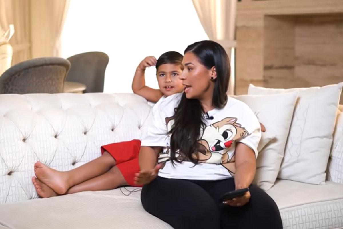 Simone Mendes com o filho Henry