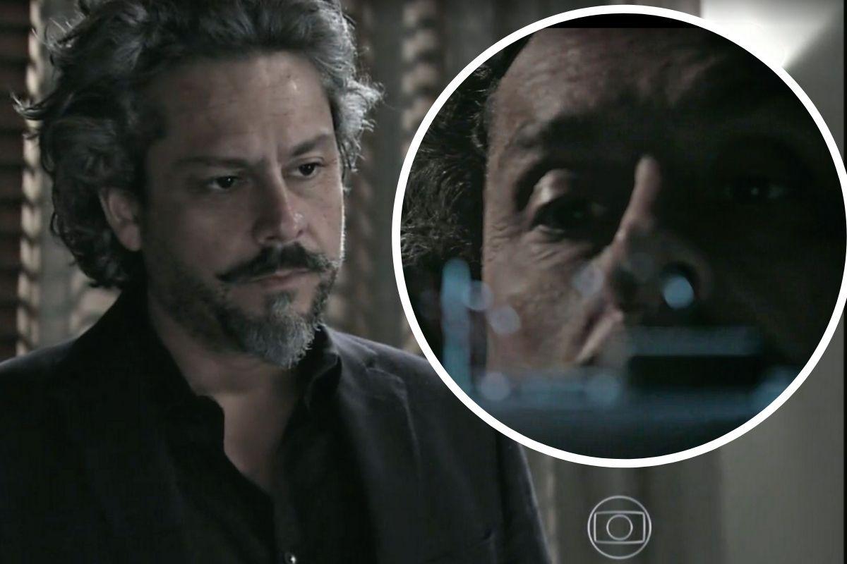 Império_ José Alfredo (Alexandre Nero) encontra a câmera instalada em sua casa. Foto_ Reprodução Globoplay