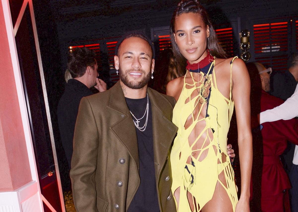 Neymar e Cindy Bruna posados