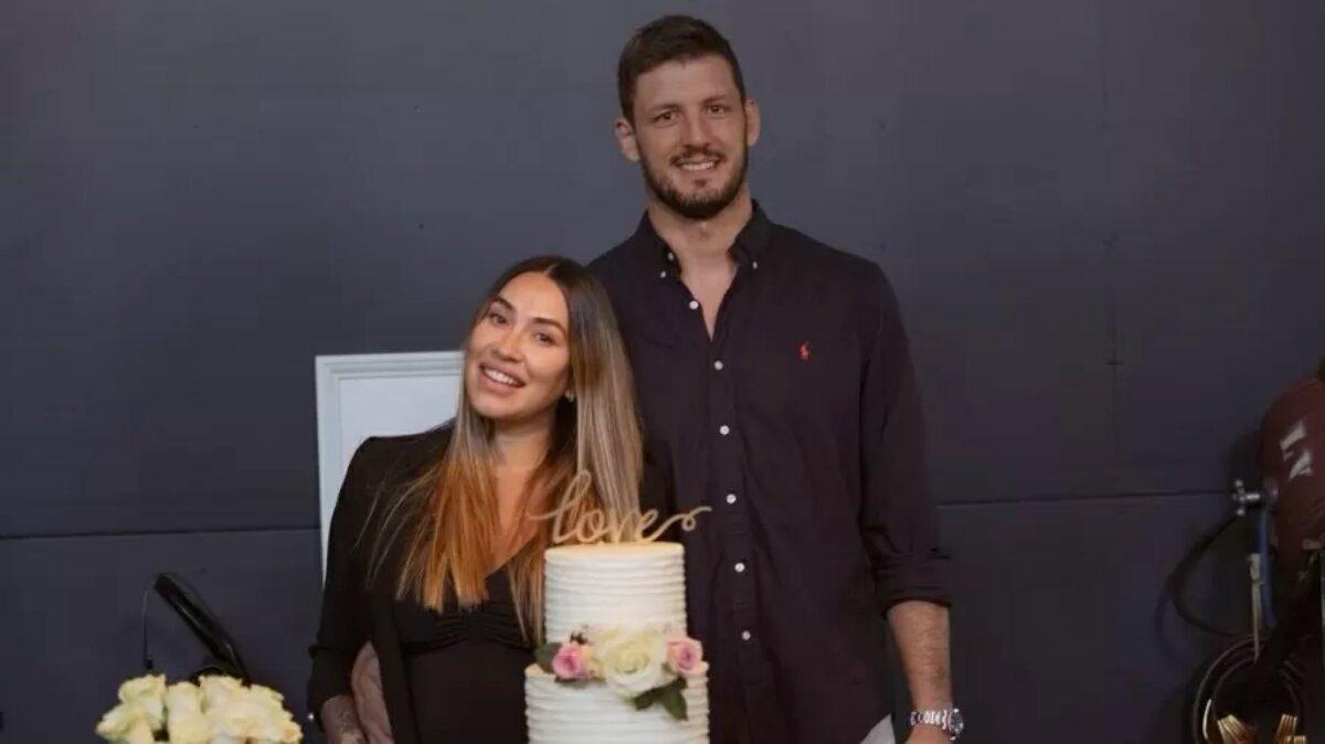 Dani Bolina e o marido, após o casamento em Miami