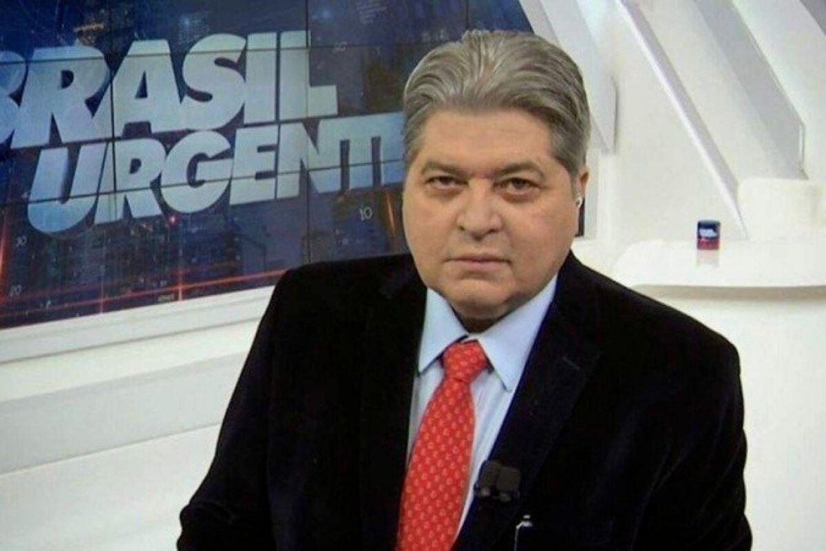 José Luis Datena no cenário do 'Brasil Urgente'