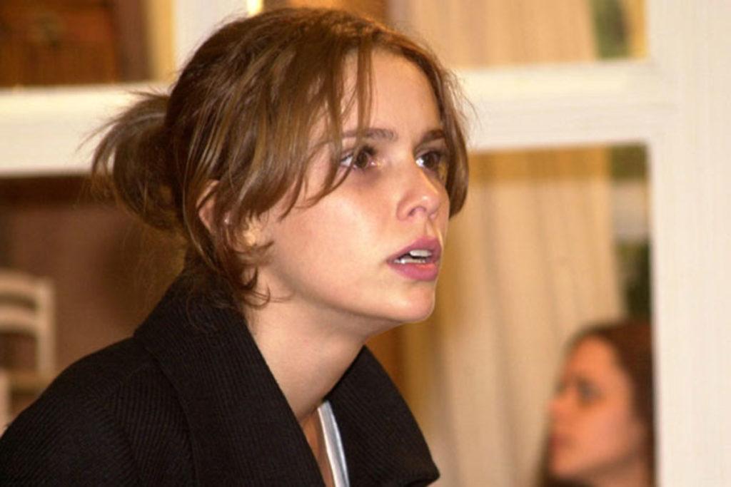 Débora Falabella, em O Clone