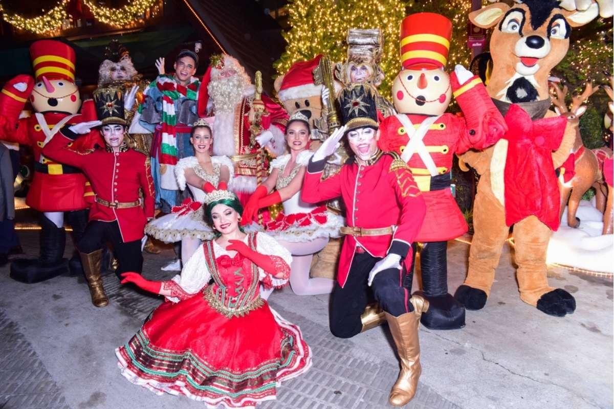 Inauguração de decoração de Natal reune famosos em São Paulo